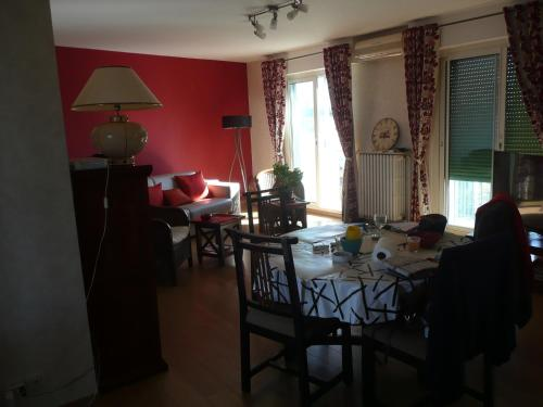 Berna : Apartment near Baixas