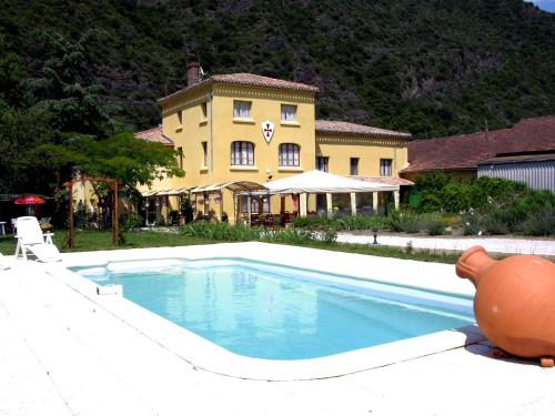 La Maison Templiere : Hotel near Saint-Julia-de-Bec