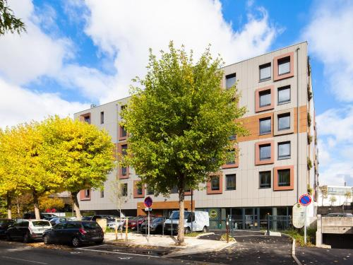 B&B Hôtel Marne-La-Vallée Torcy : Hotel near Collégien