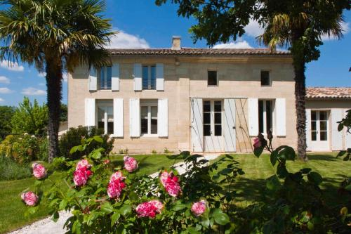 RARECAT Villa : Guest accommodation near Saint-Christophe-des-Bardes