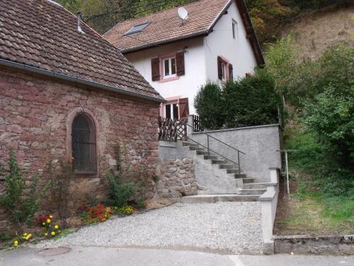 la roseraie : Guest accommodation near Aubure