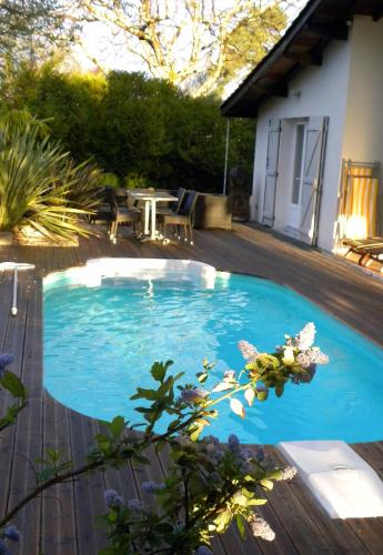 Villa Mogador Piscine et Balnéo : Bed and Breakfast near Lanton