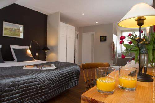 Villa du Bonheur, chambres d'hôtes : Bed and Breakfast near Pittefaux