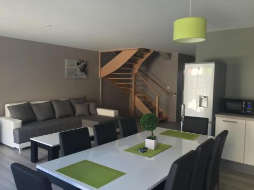 Villa Fétuque Crin d'Ours à Merlimont : Guest accommodation near Airon-Notre-Dame