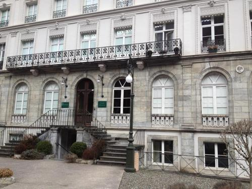 Palais D'Etigny : Apartment near Mayrègne