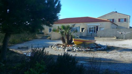 Mas Catalan : Guest accommodation near Saint-Laurent-de-la-Salanque