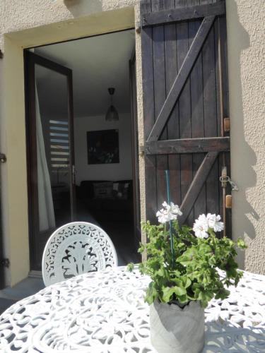 Apartment The Address : Apartment near Pennautier