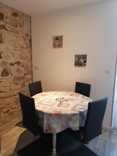 Les baigneurs : Apartment near Chastreix