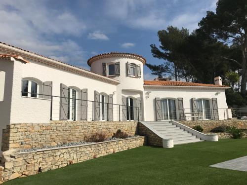 La Belle Vie : Apartment near Sanary-sur-Mer