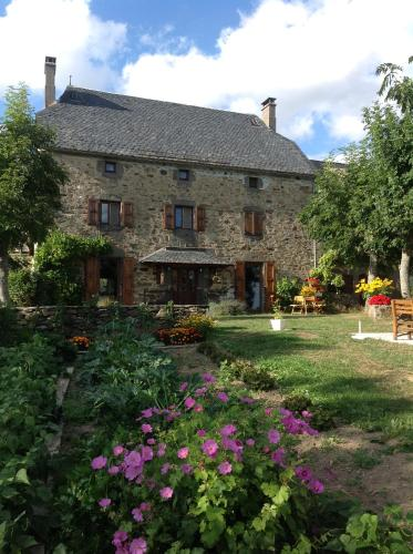 B&B au calme : Bed and Breakfast near La Fage-Montivernoux