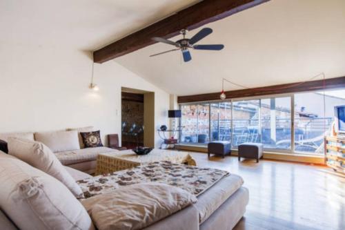 Beau 4 pièces avec parking et Terrasse : Apartment near Pinsaguel