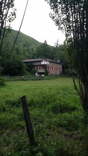 Les Cèdres Bleus : Guest accommodation near Saint-Jean-Mirabel