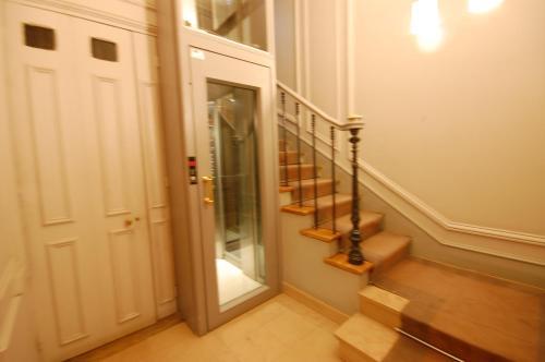 Two Bedrooms Latin Quarter : Apartment near Paris 6e Arrondissement