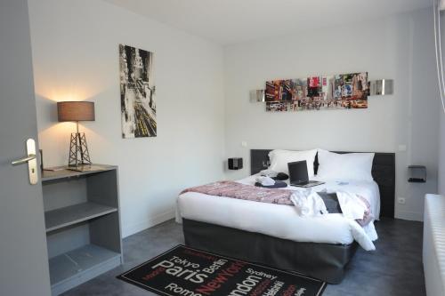 Hôtel Akena HF : Hotel near Limoges