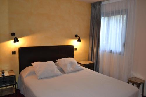 Citotel Le Chalet Lyrique : Hotel near Saint-Médard-d'Eyrans