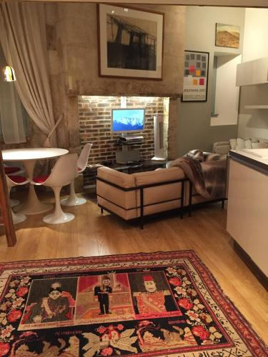 Bijou Apartment In Perigueux : Apartment near Cornille