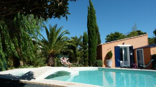 Petite Villa Fauvettes : Guest accommodation near Plan-de-Cuques