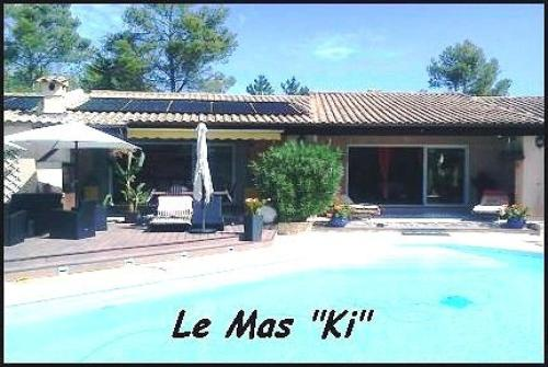 Le Mas Ki : Bed and Breakfast near Bagnols-en-Forêt
