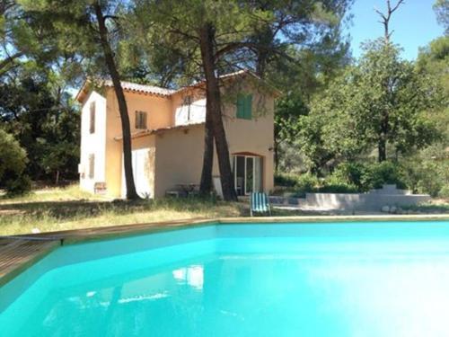 Maison dans la Pinède : Guest accommodation near Bouc-Bel-Air