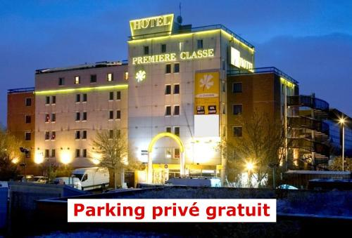 Premiere Classe Paris Ouest - Nanterre - La Defense : Hotel near Colombes