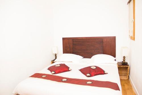 Très bel appartement de caractère Bédarrides : Apartment near Aix-en-Provence