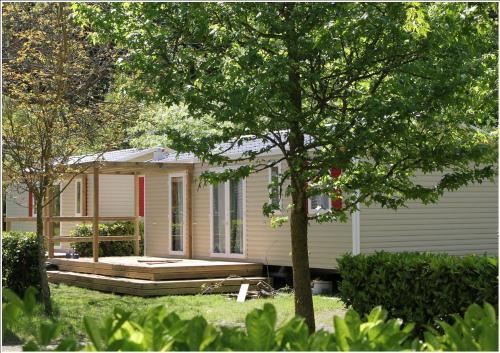 Camping Happy Pyrénées : Guest accommodation near Chèze