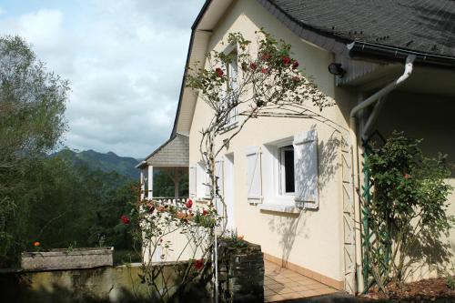 La Villa de Bartrès : Guest accommodation near Adé