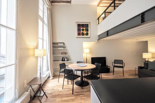 Molière ChicSuites : Apartment near Paris 2e Arrondissement