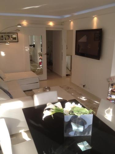 Appartement Lumineux À Deauville : Apartment near Deauville
