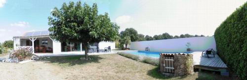 Villa Coloniale : Bed and Breakfast near La Tessoualle
