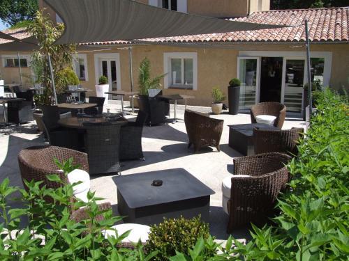 La Magnanerie - Côté Bistro : Hotel near Valavoire