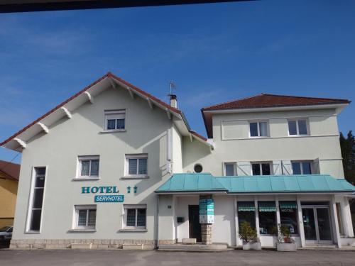 Servhotel : Hotel near Groslée