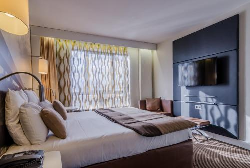 Mercure Cergy Pontoise Centre : Hotel near Maurecourt