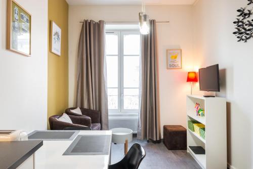 Very Pretty Flat in the center - Garibaldi : Apartment near Lyon 7e Arrondissement
