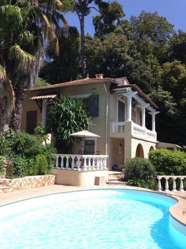 La Rochette : Guest accommodation near Mougins