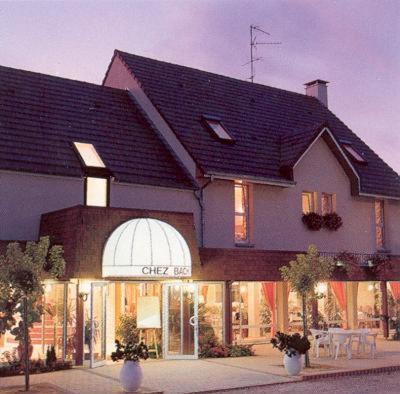 Logis Chez Bach : Hotel near Pourlans