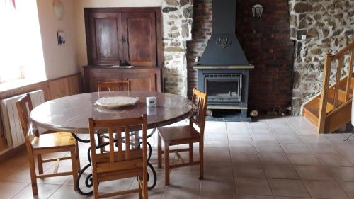 gite de l'orchidee : Guest accommodation near Saint-Éloy-les-Mines