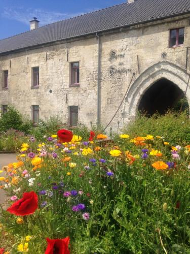La Ferme des Templiers de Fléchinelle : Bed and Breakfast near Isbergues