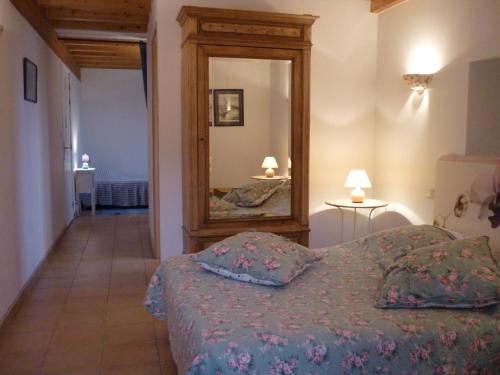 Chambre d'Hôtes La Bourdasse : Bed and Breakfast near Saint-Amans