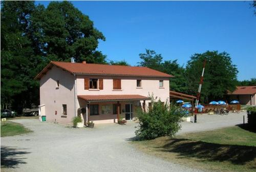 Camping Les Mijeannes : Guest accommodation near Pamiers