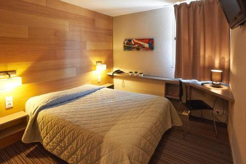 Citotel Les Alizés : Hotel near Saint-Laurent-sur-Gorre
