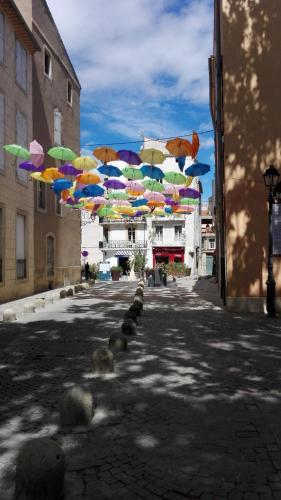 appartement face cathédrale : Apartment near Montady
