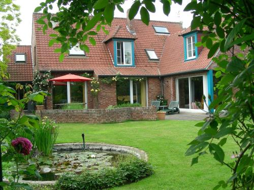 A la Maison du Héron : Bed and Breakfast near Hem