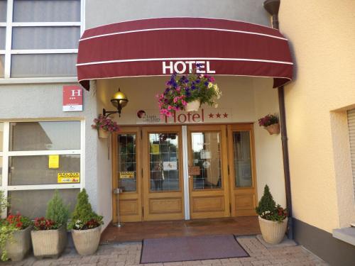 Au Logis des Ours Belfort Nord : Hotel near Bréchaumont