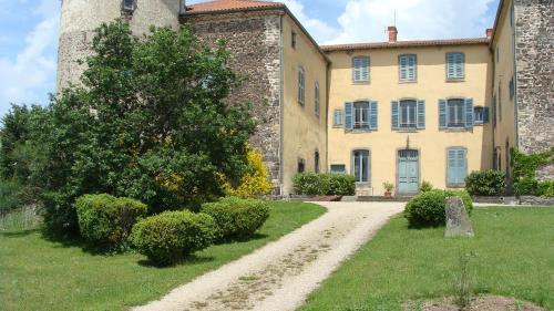 Château des Grèzes : Guest accommodation near Bansat
