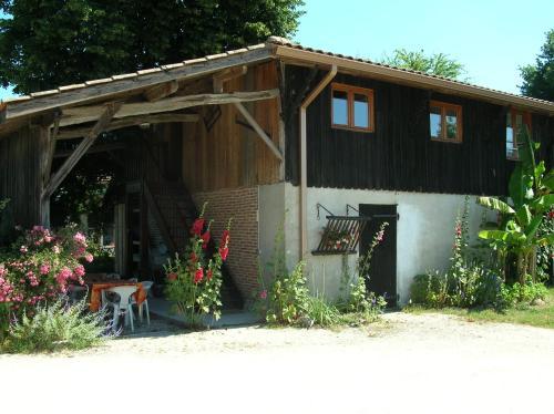 Gîte Proche du Bassin d'Arcachon : Guest accommodation near Biganos