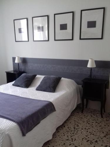 Hotel de Thau : Hotel near Villeveyrac