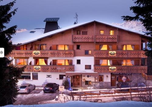 Chalet Hôtel Alpen Valley : Hotel near Combloux