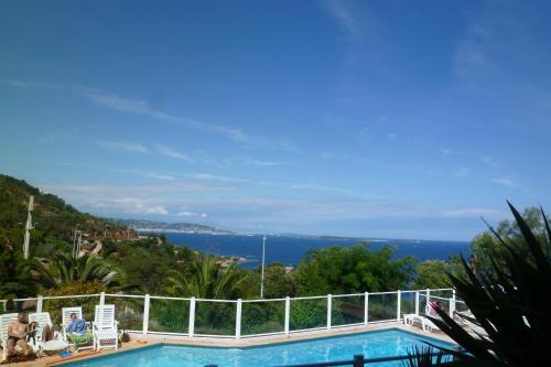 Penthouse proche Cannes Grand Terrasse Vue Mer : Apartment near Théoule-sur-Mer