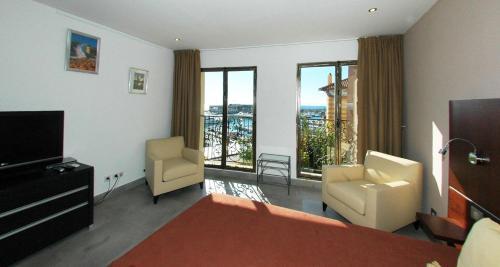 Mirabeau : Guest accommodation near Cassis